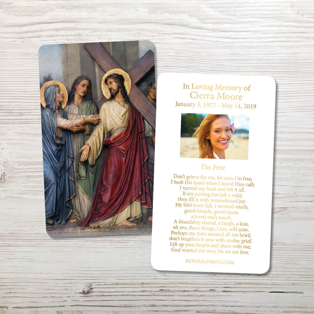 Picture of Jesus Carrying Cross Gold Foil Memorial Card
